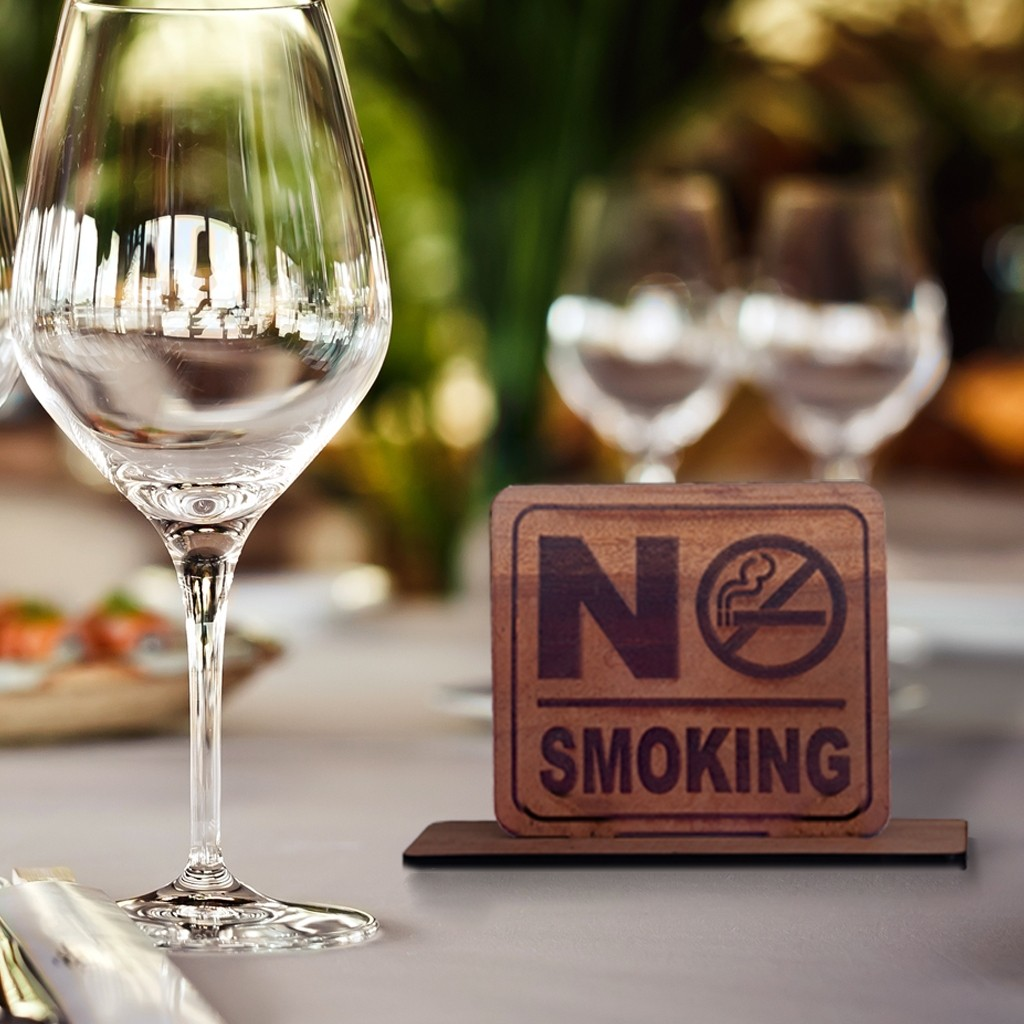 No smoking sign with stand (wood)