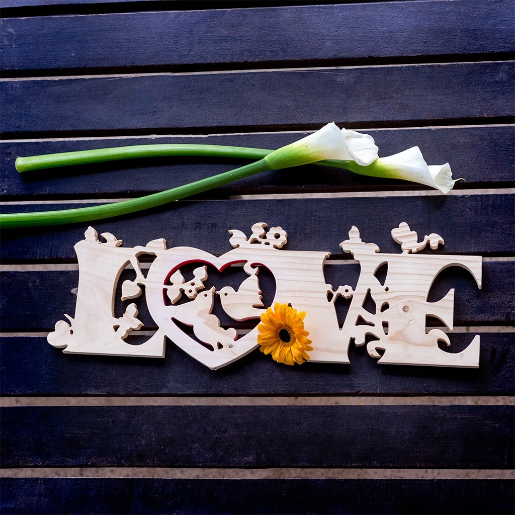 VALENTINE'S DAY ORNATE WOODEN LOVE LETTERS
