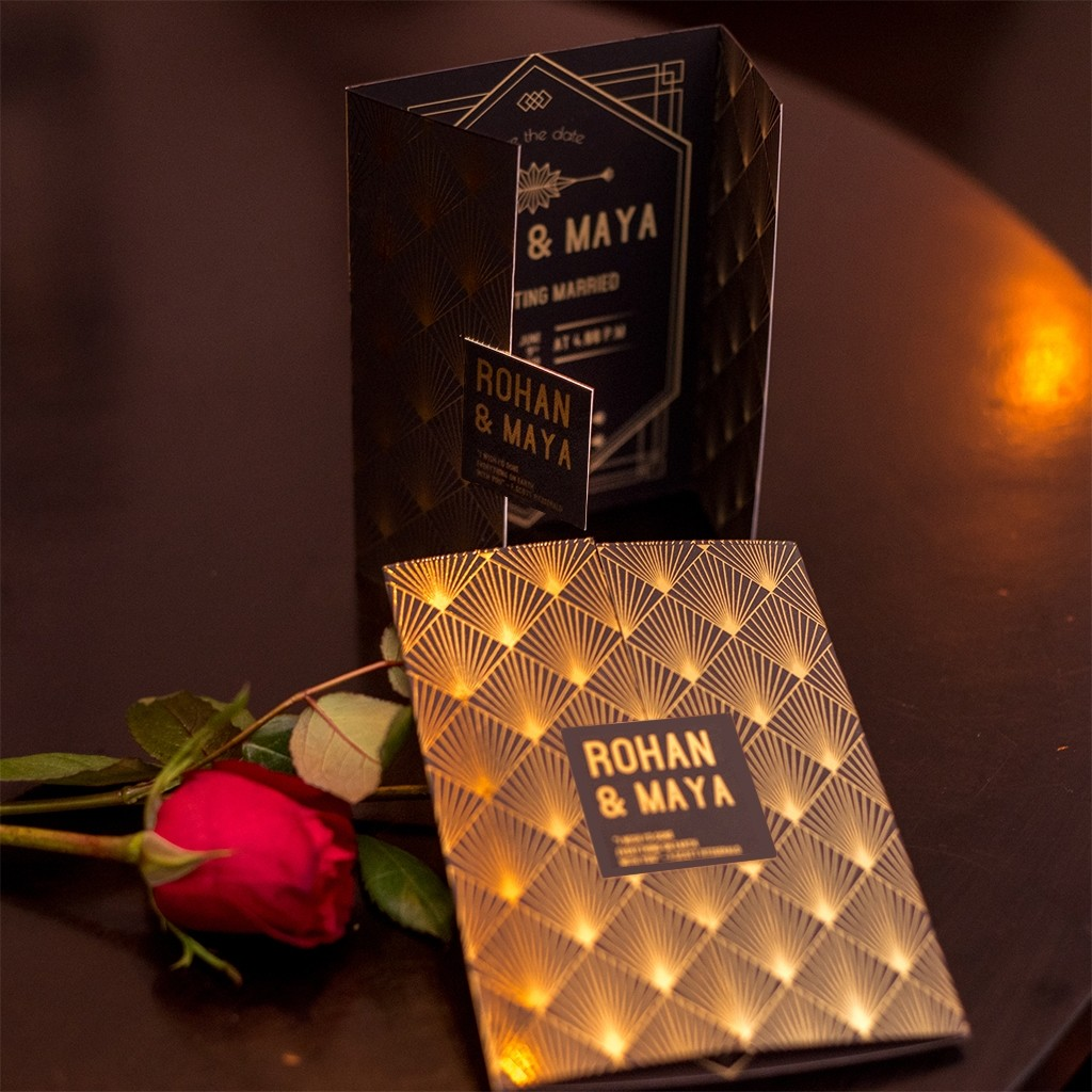 20s Glam Themed Wedding Card