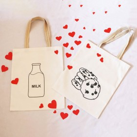 Milk & Cookies Couple Tote Bags