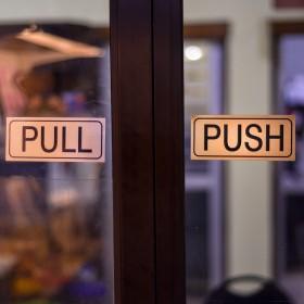Push & Pull Door Stickers - Metallic